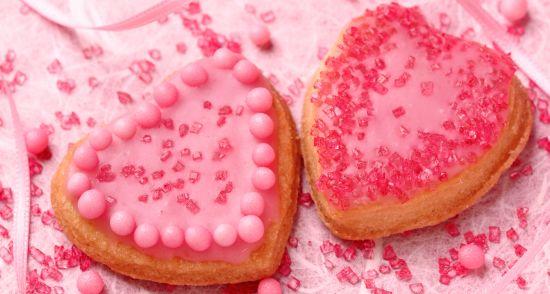 torte di compleanno con codette di zucchero