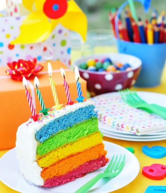 festa-di-compleanno-bambini-tema-arcobaleno