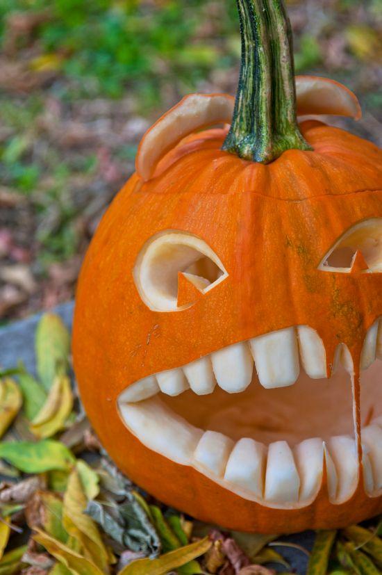 Zucca Di Halloween Paurose.Come Incidere E Decorare La Zucca Di Halloween Feste E Compleanni