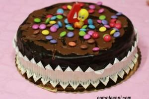 La torta dei 12 cucchiai con gli smarties