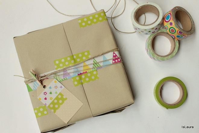 Come-realizzare-un-pacco-regalo-con-washi-tape.