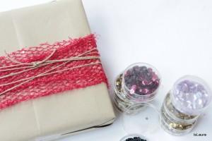 Come fare un pacco regalo con materiali di riciclo