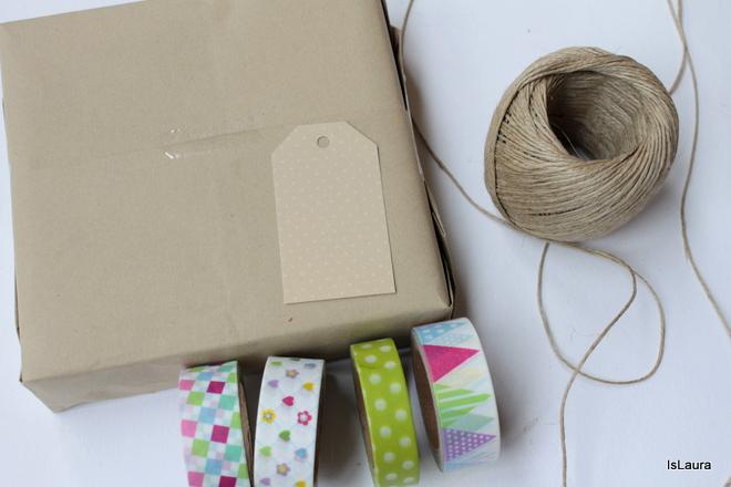 occorrente-per-realizzare-un-pacco-con-washi-tape.