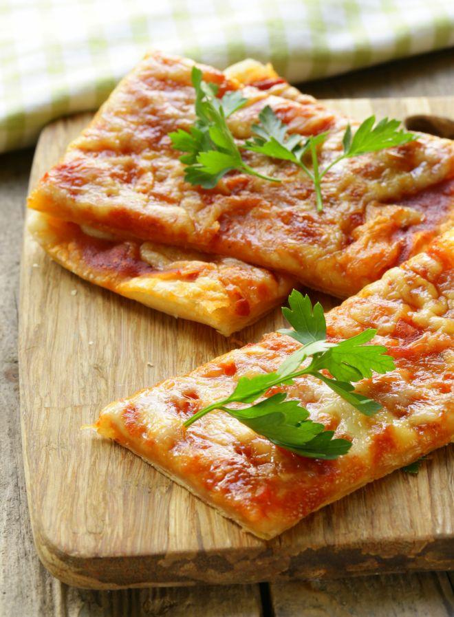 spesso Pizza veloce di pasta sfoglia per compleanni | Feste e compleanni TE12