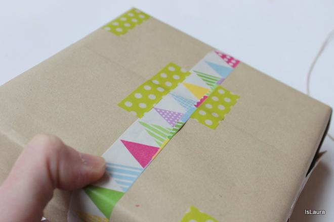 realizzare-un-pacco-regalo-con-gli-washi-tape