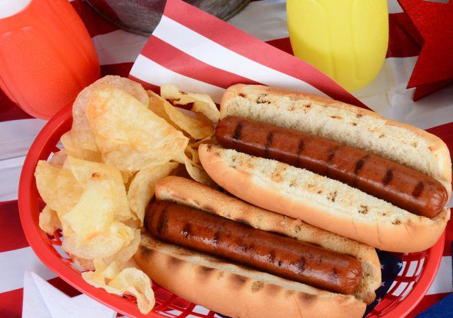 stucchini-di-compleanno-per-bambini-mini-hotdog