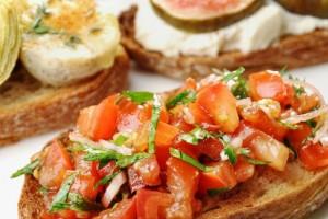 Bruschette e crostoni per aperitivi