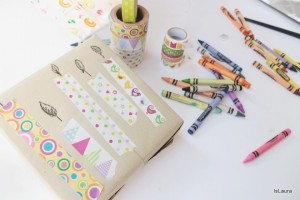 Decorare un pacco regalo con il Washi Tape