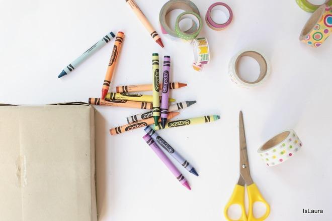 come-realizzare-un-pacco-regalo-con-pastelli-a-cera