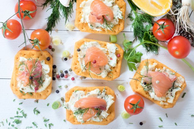 tartine-stuzzichini-con-i-crackers