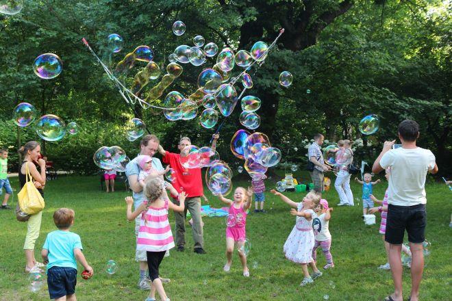 merenda-al-parco-condivisa-quali-giochi-fare-con-bambini