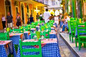 Cena a tema Grecia