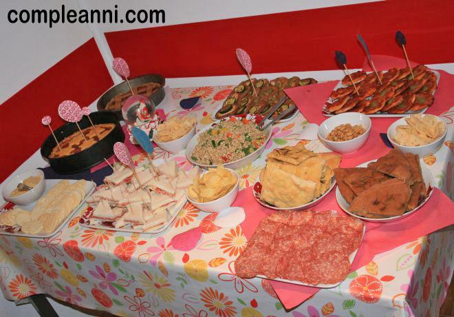 buffet di compleanno fatto in casa semplice - Idee Buffet Facile