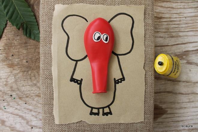 regalo-con-elefante-e-proboscide-di-palloncino