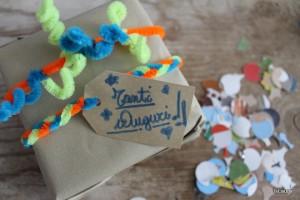 Incartare un pacco regalo con i nettapipe