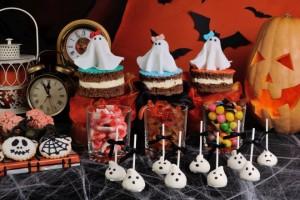 Buffet per la festa di Halloween con i bambini