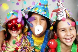Festa di Carnevale in casa con i bambini