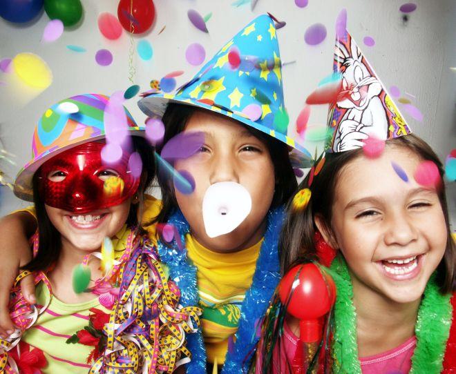 festa-carnevale-fai-da-te-per-bambini-casa