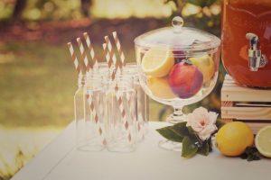 Festa di compleanno all'aperto: decorazioni da giardino