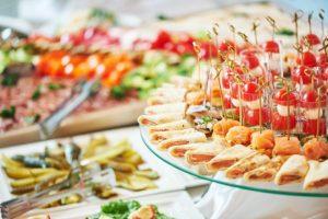 organizzare-buffet-menu-idee-dolci-salate-0