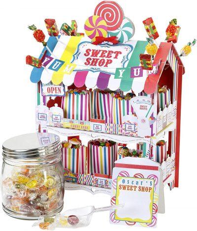 alzata per dolci a forma di negozio